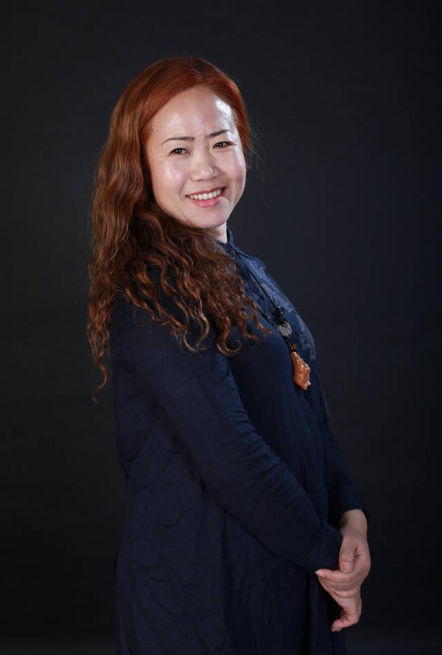 当代青年实力派美女画家姜亚君作品赏析